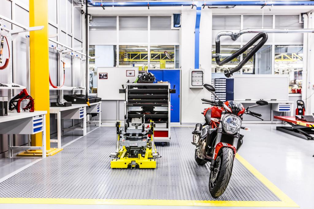 Ducati Training Center 12 LR