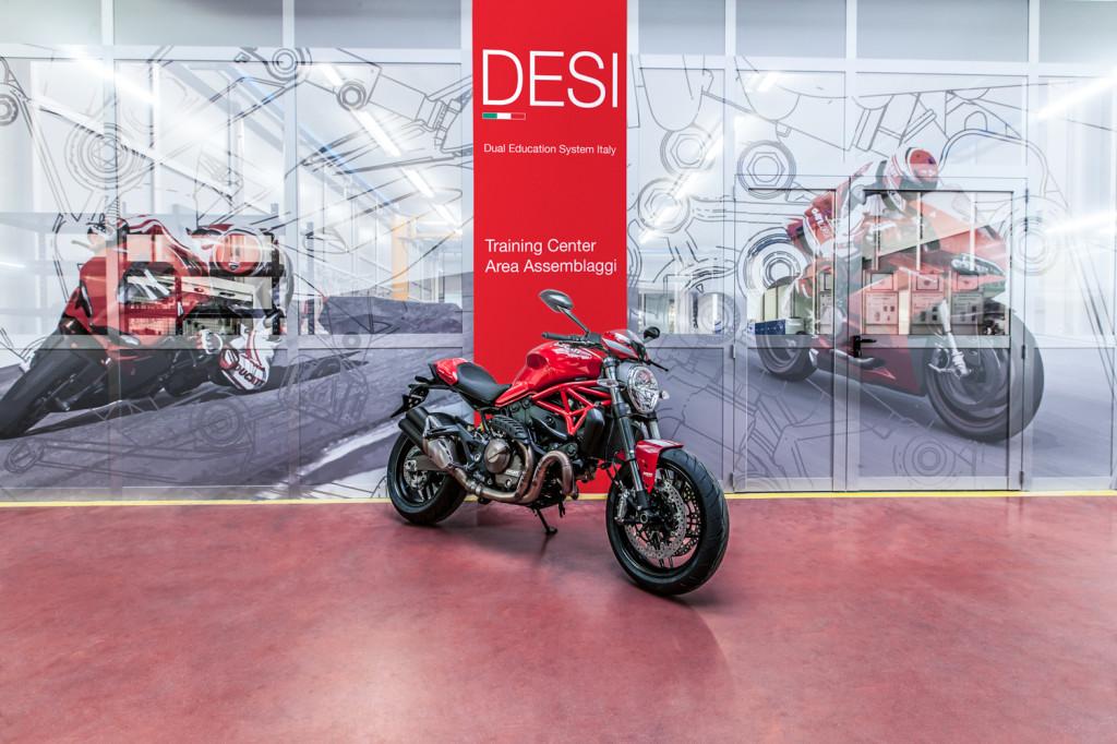 Ducati Training Center 2 LR