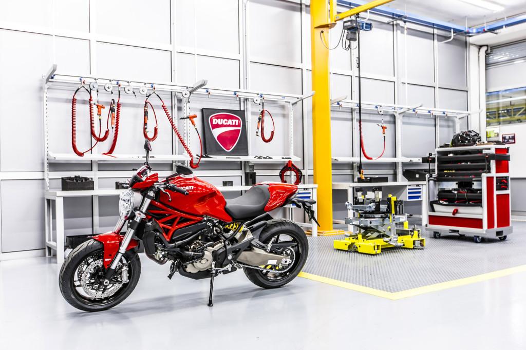 Ducati Training Center 9 LR