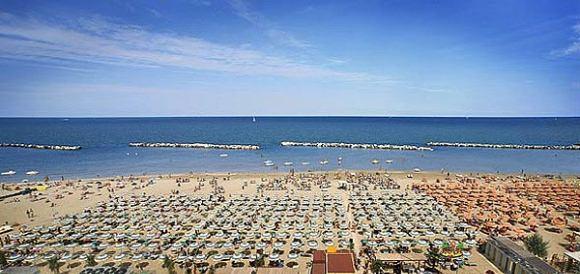 Matrimonio Spiaggia Riviera Romagnola : Ferragosto in emilia romagna arte cultura e turismo